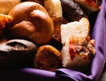 Risa_Justin_0642_bread